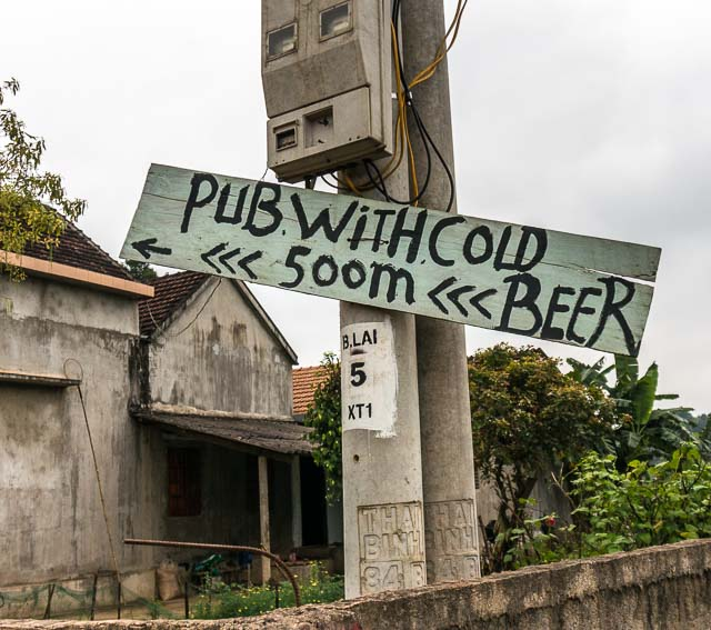 Pub with cold beer, Phong Nha