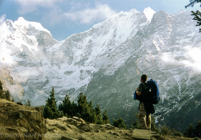 Trekking in Nepal Everest