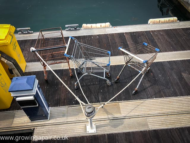 Pontoon trolleys in Baiona