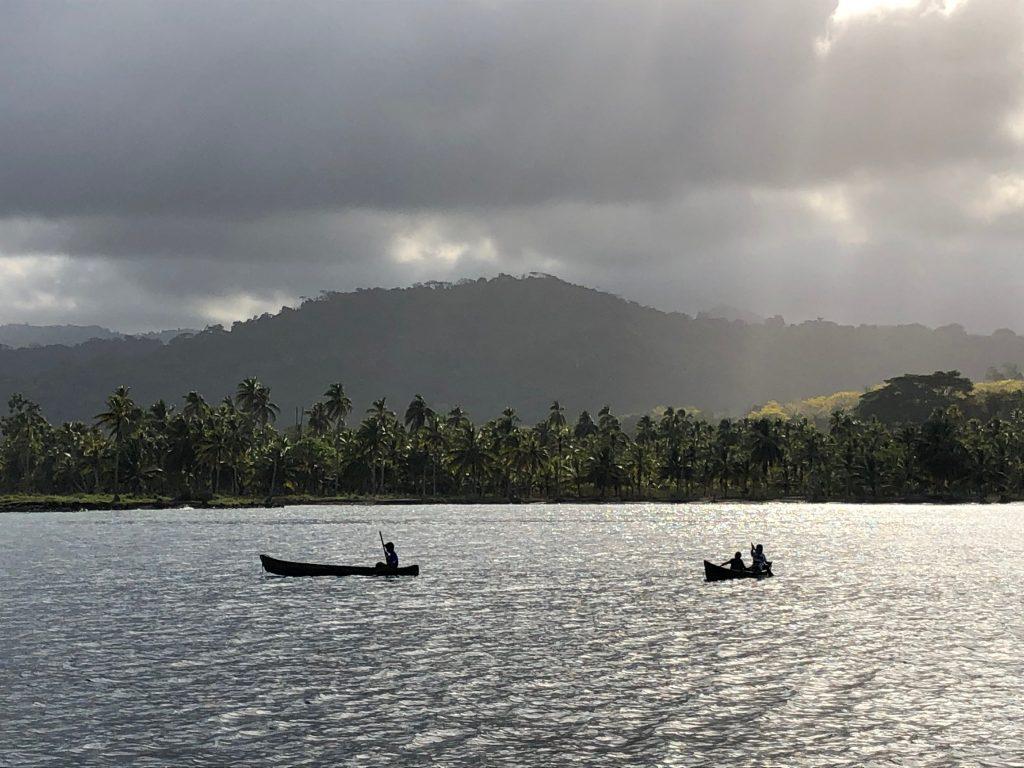 dug out canoes on Guna Yala